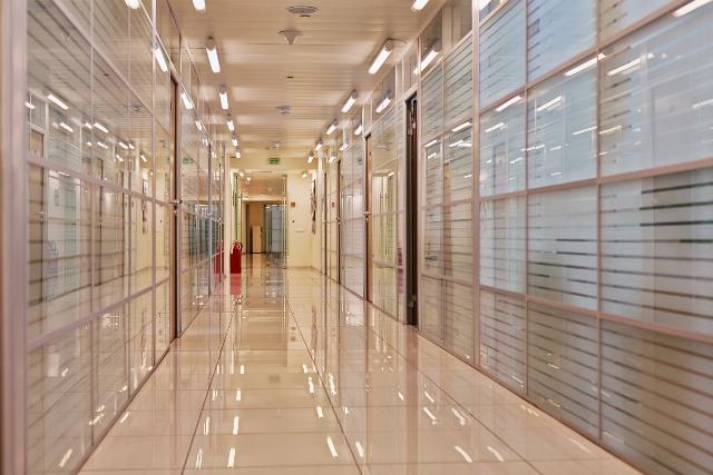 LED-Lampen auf den Fluren, LED-Beleuchtung Hersteller